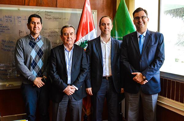 """Grandes acuerdos """"Agroformativos"""" en Perú"""